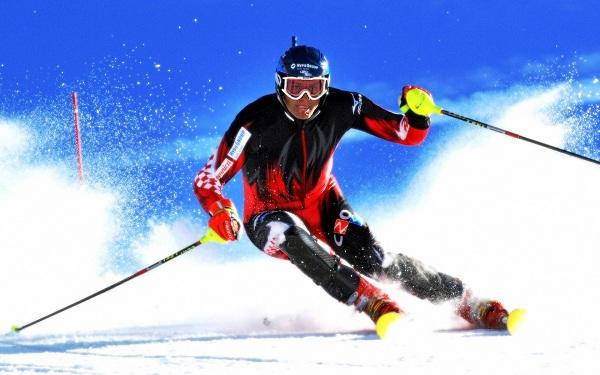 skiing-slalom-alpine-racer_90895-1920x1200