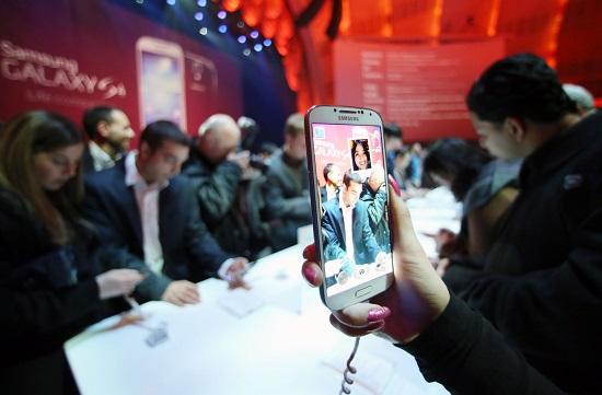 قیمت انواع گوشی های پرفروش بازار + 22 اردیبهشت
