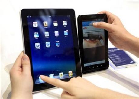 samsung-galaxy-tablet-vs-apple-ipad-Optimized