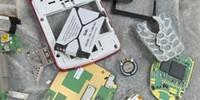 چگونه از یک گوشی شکسته استفاده ی مفید دیگری بکنیم؟