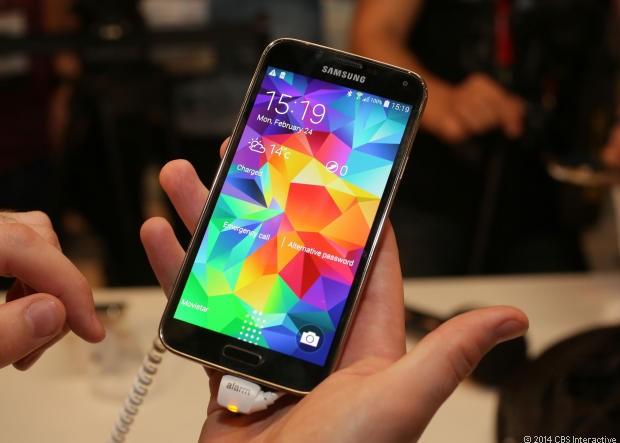 Galaxy S5 وفقط 10 گیگ فضای خالی!