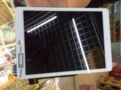 Facade-iPad-Air-2-Front