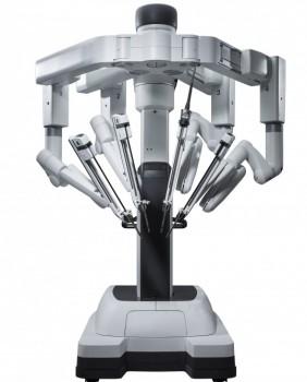 ربات جراح داوینچی آماده است تا بازویی تکان دهد!