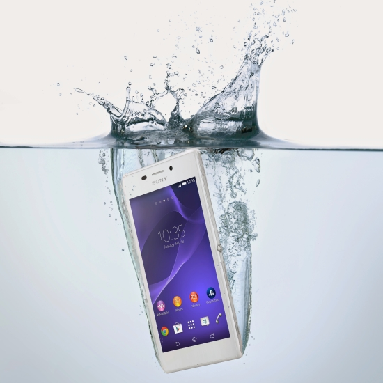 sony_xperia_m2_aqua_in_water_official_blog