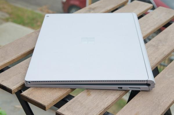 مدل Surface Book