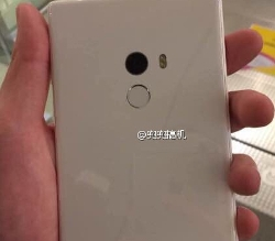 the-xiaomi-mi-mix-surfaces-in-white-check-out-the-photos-now