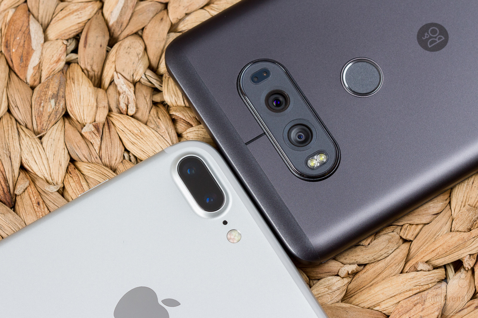 lg-v20-vs-apple-iphone-7-plus-003-cam