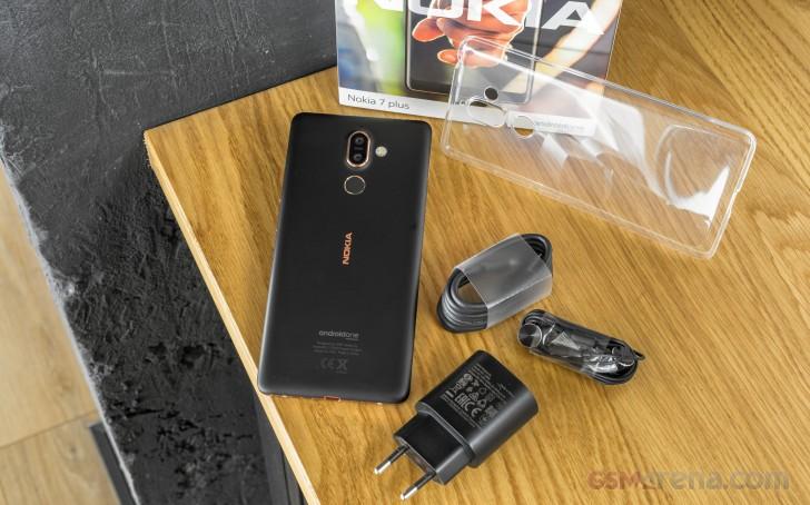 نقد و بررسی Nokia 7 Plus   تکفارس