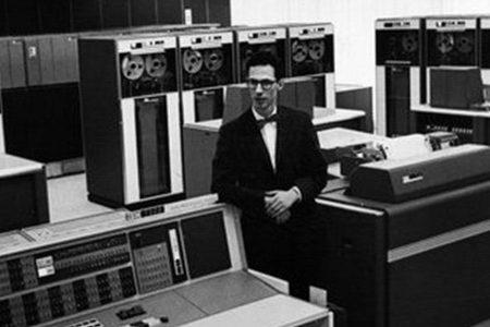 مخترع پسوردهای رایانهای درگذشت