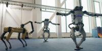 رقص گروهی ربات های بوستون دینامیکس