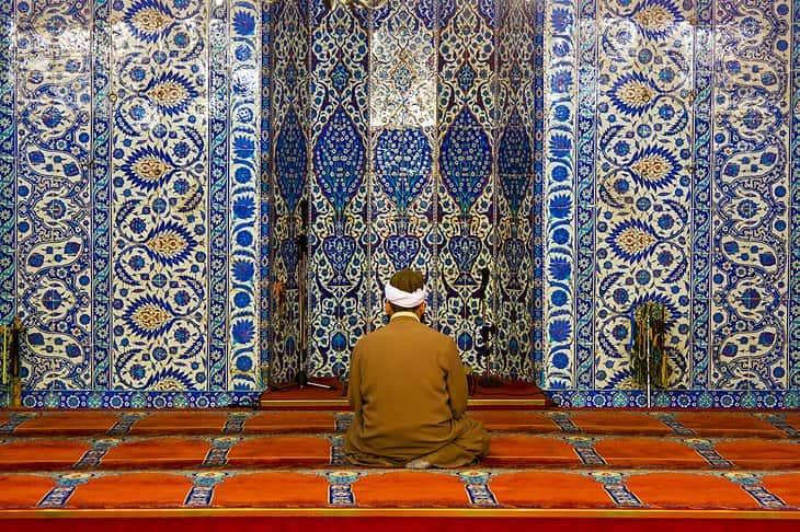 مسجد رستم پاشا، استانبول، ترکیه