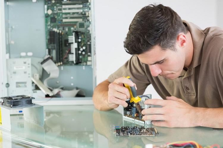 رشته مهندسی کامپیوتر