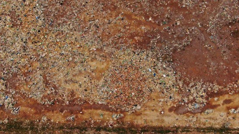 زبالههای دریاچه اورو اورو