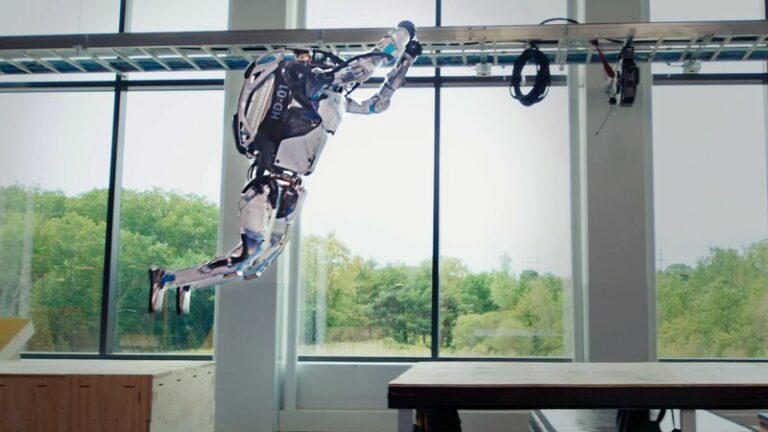 رباتهای اتلس باستن داینمیکس
