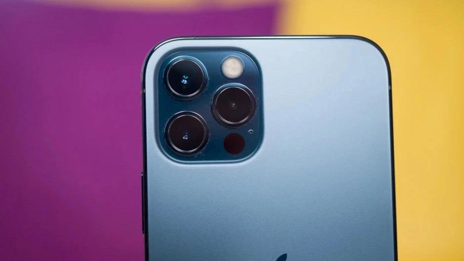 دوربین آیفون ۱۳ پرو