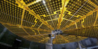 آرایه خورشیدی فضاپیمای لوسی
